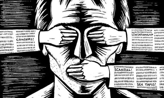 censura democratica al negazionismo
